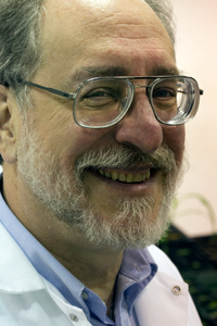 Mike Kahn, a scientist in WSU's Institute of Biological Chermistry