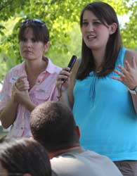 Michelle Moyer, WSU viticulture extension specialist (left) and OSU graduate student Amanda Howland present information on nematodes during the 2012 WSU Viticulture Field Day.