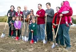The Eggert Family break ground on the new organic teaching farm on the WSU Pullman campus. Photo: Brian Clark, WSU MNEC.