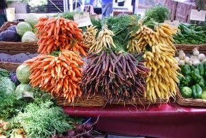 Colorful carrots at farmers market by Michael Porter CC 1000x