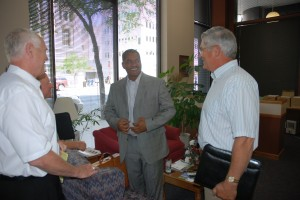 President Elson Floyd meets with members of the Washington Wheat Commission (2008).