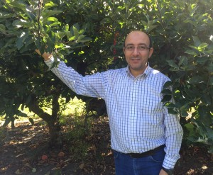 Achour Amiri, assistant professor at the WSU Tree Fruit Research & Extension Center in Wenatchee, helps apple growers and packers fight diseases before and after harvest.